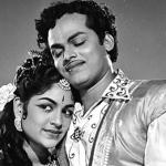 Roja Malare Rajakumari Song Lyrics