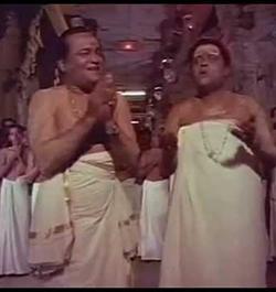 Thiruchendoorin Kadalorathil Song Lyrics