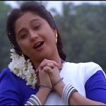 Un Marbil Vizhi Moodi Song Lyrics